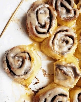 Keto cinnamon rolls with brown butter icing